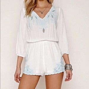 Forever 21 Shorts - NWOT Floral Lace Embroidered White Romper Small